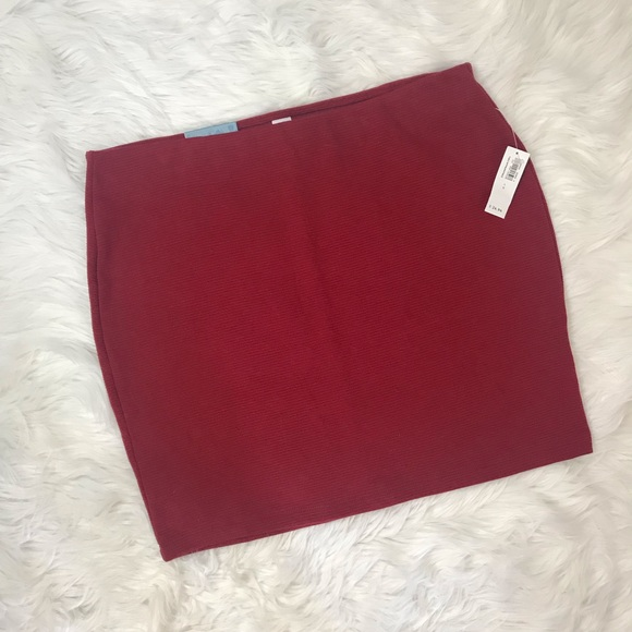 Old Navy Dresses & Skirts - Red Mini Skirt ❤️ NWT